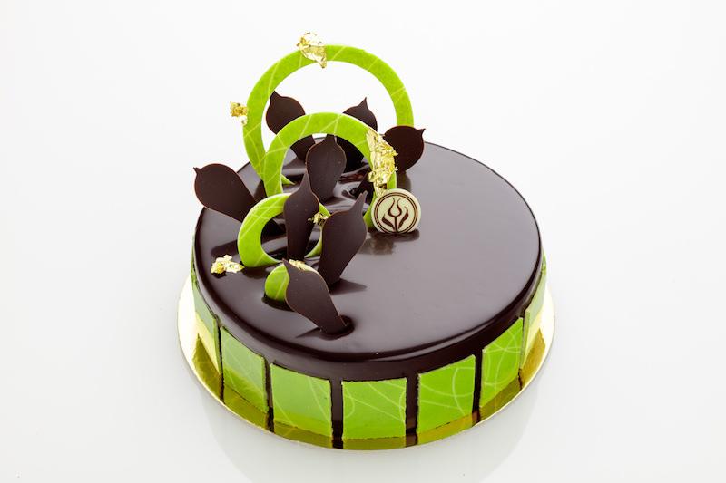 Flourless Chocolate Mousse Cake