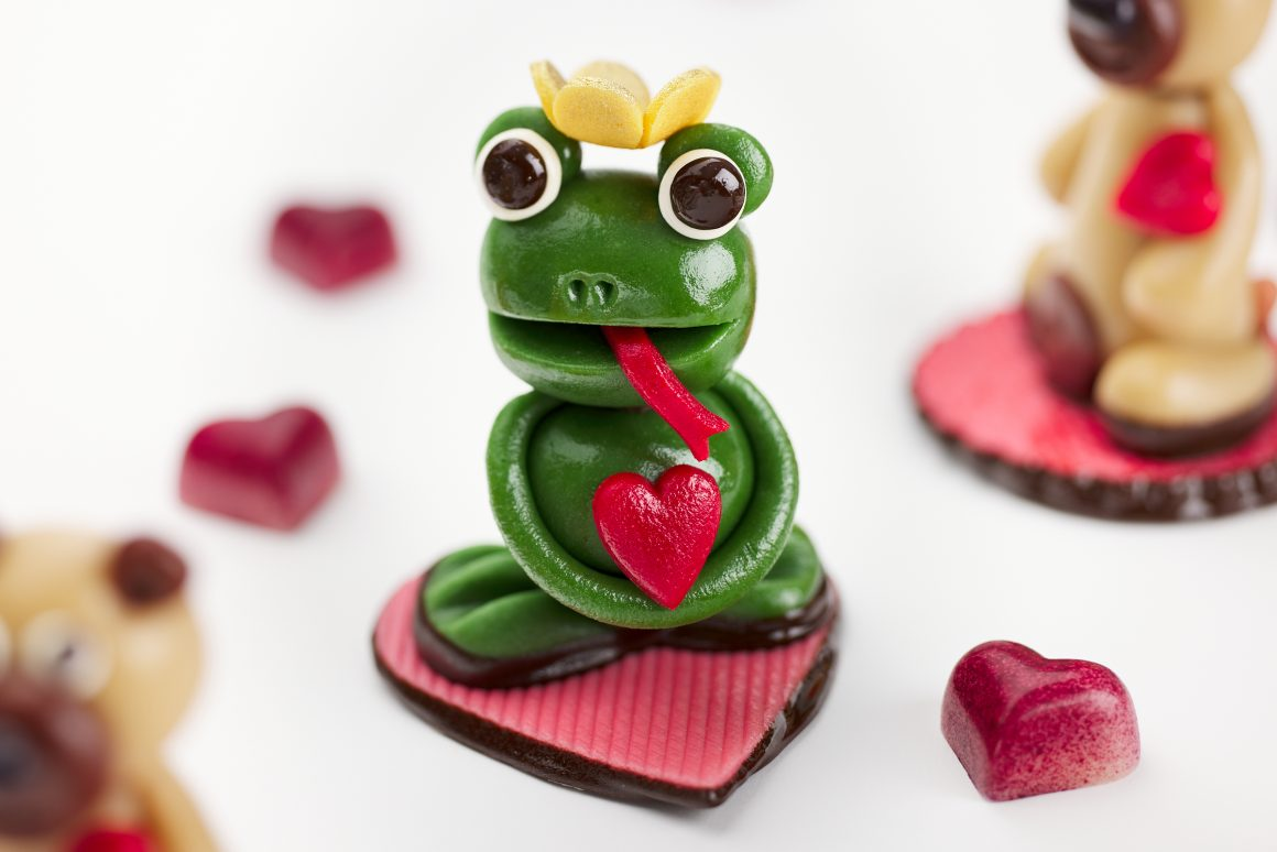 Marzipan Frogs